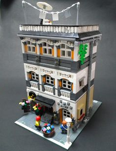 lego tavern by xueren@ Flickr