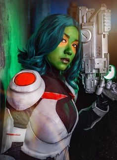 Gamora Zen Whoberi Ben Titan (No, really) Comic book version Marvel Cosplay, Warrior Women, Zen, Comic Books, Comics, Fictional Characters, Drawing Cartoons, Female Warriors, A Strong Woman