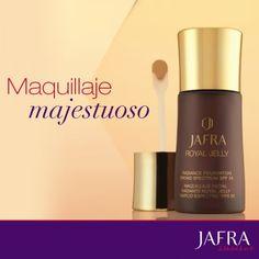 Crea un acabado suave al mismo tiempo que tratas tu piel con el poder revitalizante de Royal Jelly.   http://jafra.me/3t9r