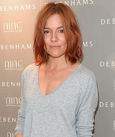 Sienna Miller's new hair is the perfect fall hue.
