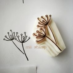 ハンドメイドマーケット minne(ミンネ)| 植物 stamp Stamp Printing, Printing On Fabric, Screen Printing, Stencils, Eraser Stamp, Clay Stamps, Stamp Carving, Fabric Stamping, Handmade Stamps
