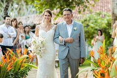 Casamento em Arraial D'Ajuda: Ana Elisa + Thiago - Constance Zahn | Casamentos Ems, Wedding Dresses, Fashion, Weddings, Bride Dresses, Moda, Bridal Gowns, Fashion Styles, Weeding Dresses