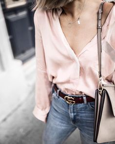 From @Beigerenegade Instagram - Minimal Life and Style Inspiration Source How many silk shirts is too many silk shirts? This perfect pastel pink number by @flannel_au
