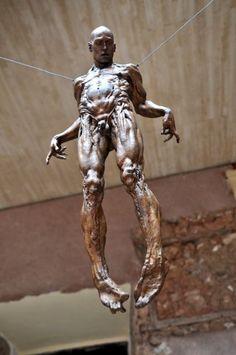 Javier Marin, Installation Street Art, Contemporary Sculpture, Sculpture Art, Bronze Sculpture, Art Plastique, Figurative Art, Les Oeuvres, Sculpting