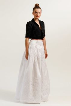 Carolina Herrera Resort 2012 Collection Photos - Vogue