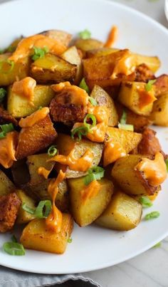 This Patatas Bravas Recipe with Chorizo and Paprika Aioli is easy, indulgent, and utterly delicious.  It's Potato Perfection!  Spicy chorizo is seared so all of the wonderful fat renders out, then potatoes get super crispy and flavorful in that chorizo goodness.  Top everything off with a creamy, tangy, slightly spicy Paprika Aioli! #potatorecipes #potatoes #potatosidedishes #patatasbravas #skilletpotatoes #sidedishes #chorizo #glutenfree #easydinnerrecipes Chorizo Recipes, Spicy Recipes, Beef Recipes, Healthy Recipes, Vegetarian Recipes, Side Dish Recipes, Easy Dinner Recipes, Fall Recipes, Easy Meals