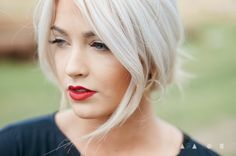 Icy blonde hair and red lips White Blonde Hair, Blonde Color, Hair Color, Icy Blonde, Blonde Balayage, Blonde Highlights, Head Band, Great Hair, Hair Today