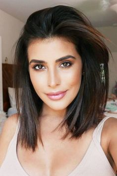 Pretty Styles To Try If You Have Shoulder Length Hair ★ See more: http://lovehairstyles.com/shoulder-length-hair/
