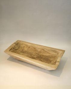 Batea de madera natural tallada. Ideal para decorar o para utilizar en el coctel.