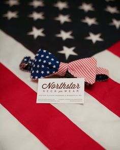 Mens Patriotic American Flag Bow Tie