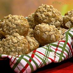 Daphne Oz's Apple Cinnamon Muffins #TheChew