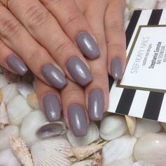 """Hard gel with gelish """"from rodeo to Rodeo drive"""" by @stefykayynails"""