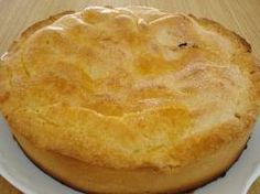 A continuación, ofreceremos una práctica receta para elaborar un delicioso bizcocho de manzana alemán. Se trata de una receta de dificultad media, que da como resultado un postre verdaderamente delicioso, el cual requiere una hora para estar listo. La receta, tal como su nombre lo indica, es típica de Alemania. Esto ya habla muy bien … Apple Pie, Desserts, Food, Apple Cakes, Mousse, World, Juicing, Butter, Cook