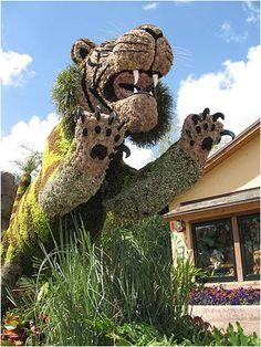 Living Art: Busch Gardens Topiaries | Busch Gardens Tampa Bush Garden, Topiary Garden, Garden Art, Garden Plants, Busch Gardens Tampa Bay, Orlando Theme Parks, Public Garden, Plant Art, Trees And Shrubs