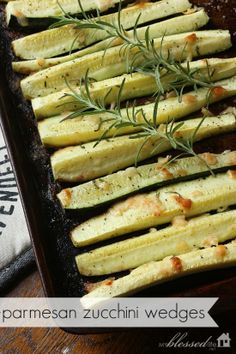 Parmesan zucchini :      3 medium zucchini     1/2 teaspoon real salt     1/8 teaspoon black pepper     1 teaspoon garlic powder     1/4 cup grated parmesan cheese     1 teaspoon fresh snipped rosemary     olive oil or coconut oil