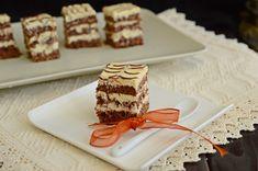 Prajitura cu blat de cacao si crema de mascarpone Food Cakes, Pavlova, Tiramisu, Cake Recipes, Waffles, Caramel, Deserts, Baking, Breakfast