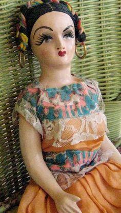 Mexican doll, 1940's era   muñeca mexicana de los 40's
