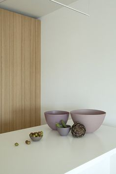 Pied-à-terre à Liège — desiron lizen Leaving Room Ideas, Small Apartment Interior, Dining Room Inspiration, Interior Photography, Japanese House, Minimalist Interior, Small Living Rooms, Scandinavian Interior, Small Apartments
