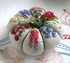 More beautiful ribbon embroidery... - Inspirations Magazine | Facebook