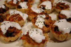 Skinny BBQ Chicken Cups! Tastes just like BBQ Pizza - healthy and SO delicious!!! A MUST TRY! #SkinnyMom