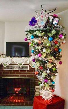Christmas Images, Christmas Tree, Under The Mistletoe, Holiday Decor, Home Decor, Teal Christmas Tree, Decoration Home, Room Decor, Xmas Trees