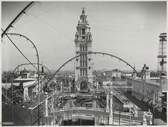 Daytime view looking over Dreamland in Coney Island. Coney Island Amusement Park (New York, N.Y.) | Dreamland