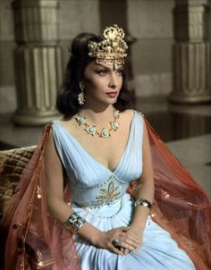 Reine de Saba GINA L. ~~~~~~http://www.pinterest.com/louisect/1001-nuits/