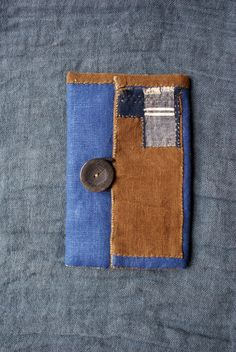 handsewn pouch in shades of autumn , in a beautiful rusty brown linen (dyed in vegetal persimmon, kakishibu) and in blue linen, appliqué in kasuri Boro Stitching, Sashiko Embroidery, Denim Crafts, Art Bag, Japanese Textiles, Denim Bag, Quilted Bag, Hand Quilting, Sewing Projects