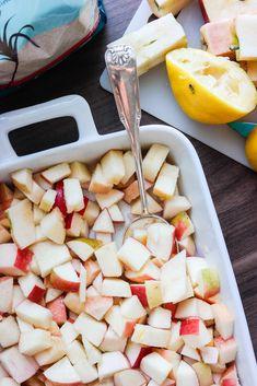 Hjemmelaget eplemos av bakte epler