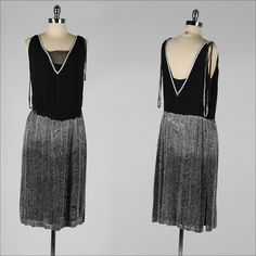 vintage 1920s dress . black silk . mother of pearl beading . flapper dress . 3901
