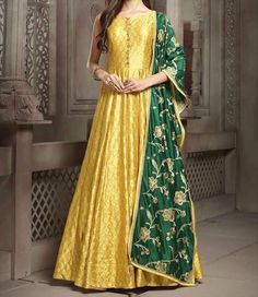 Silk Bridal Lehenga Choli in Golden Colour Indian Attire, Indian Ethnic Wear, Indian Outfits, Indian Gowns Dresses, Pakistani Dresses, Ladies Dresses, Indian Designer Outfits, Designer Dresses, Anarkali Dress