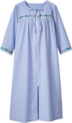 Celebrate spring in style in our womens zip-front seersucker robe. Detailed with floral embroidery, our all-cotton bathrobe easily doubles as a housecoat. Night Gown Dress, Cotton Nighties, Floral Embroidery Dress, Kurta Neck Design, Night Suit, Pajama Outfits, Sari Blouse Designs, Sleepwear Women, Pyjamas