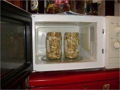 Orechy zavárané v mikrovlnke Toaster, Microwave, Oven, Kitchen Appliances, Recipes, Diy Kitchen Appliances, Home Appliances, Toasters