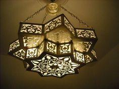 Mejores 20 imgenes de chandeliers en pinterest iluminacin moroccan pendant lights hanging light fixture moroccan chandeliers e kenoz aloadofball Choice Image