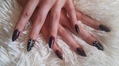 ghotic nails:)