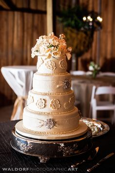 Simple Elegance Wedding Cake