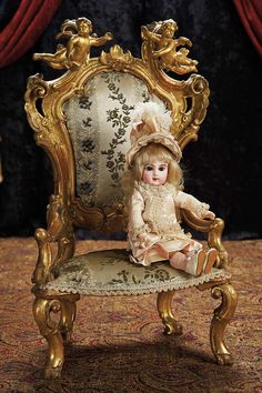 The Lifelong Collection of Berta Leon Hackney: 1 French Bisque Bebe E.J., Size 2, in Original Couturier Costume and Accessories