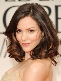 Katharine McPhee with shoulder-length curls | allure.com