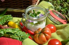 Picknick auf www.servusmarktplatz.at Vegetables, Food, Essen, Vegetable Recipes, Meals, Yemek, Veggies, Eten