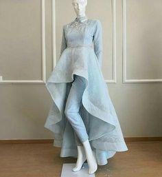 Fancy Designer Up-Down Dress - Kleider - Pakistani Dresses Casual, Indian Fashion Dresses, Indian Gowns Dresses, Dress Indian Style, Pakistani Dress Design, Indian Designer Outfits, Fashion Outfits, Stylish Dress Designs, Designs For Dresses