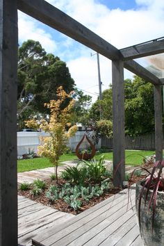 Recycled timber path with Rusty corten steel planter Metal Pergola, Deck With Pergola, Pergola Patio, Backyard Patio, Outdoor Decking, Fence Design, Patio Design, Garden Design, Landscape Design Melbourne