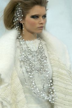 Chanel Fall 2010 Ready-to-Wear Collection Slideshow on Style.com