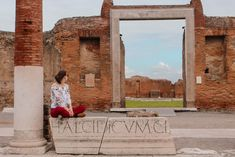 Pompeii, Italy #pompeii #travel #italy #europe #cityofashes #traveling #blogger #travelblogger #travelblogger_de #itchyfeet #wanderlust #fashion