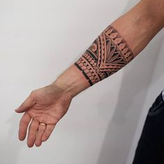 WEBSTA @ polynesian_tattoo - Today freehand 🤗🤗🤗 neеdles #goodlucksupply @goodlucksupply #goldenpubspb Aa Tattoos, Full Leg Tattoos, Eagle Tattoos, Dream Tattoos, Arrow Tattoos, Couple Tattoos, Body Art Tattoos, Tattoos For Guys, Sleeve Tattoos