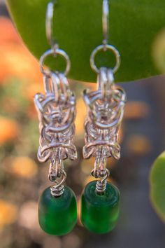 9 best electronics images on pinterest consumer electronics green czech glass bead suspended from silver tone byzantine chainmaille fandeluxe Image collections