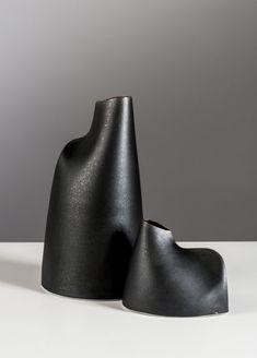 Esker Vessels by Sara Flynn Porcelain Ceramics, Ceramic Vase, Ceramic Pottery, Pottery Art, Clay Vase, Art Sculpture, Pottery Wheel, Paperclay, Diy Clay