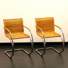 Located using retrostart.com > MR Side Chair Dinner Chair by Ludwig Mies van der Rohe for Thonet