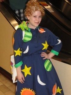 The Classic | 31 Amazing Teacher Halloween Costumes I love the Frizz! Although, being a math teacher, I might put math symbols on my dress! AWESOME!
