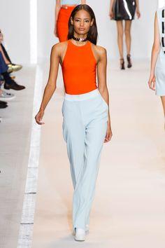 Défile Mugler Prêt-à-porter Printemps-été 2015 - Look 19
