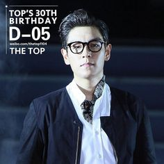 [161030] D-5 until his birthday!! [YG Family concert in Taiwan 141025] © IG thetop_official  #탑의멍청이들 #탑 #최승현 #TOP #countdowntothirty